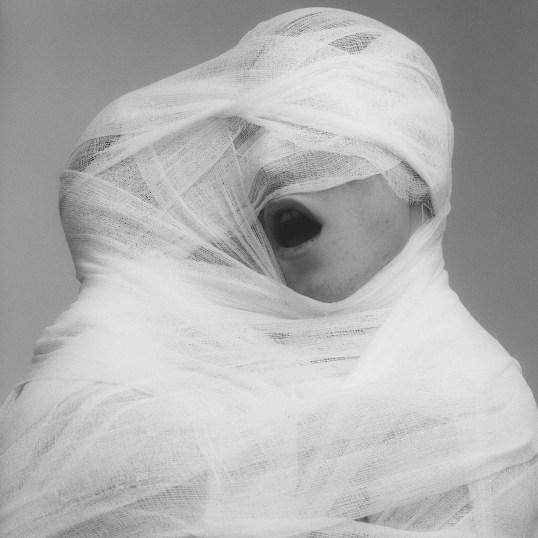 Robert-Mapplethorpe.-White-Gauze-1984
